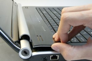 Как разобрать ноутбук Packard Bell Easynote LJ75