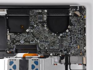 """Как разобрать ноутбук Apple MacBook Pro Unibody 17"""""""