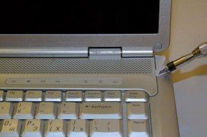 Как почистить ноутбук Dell Inspiron 1525