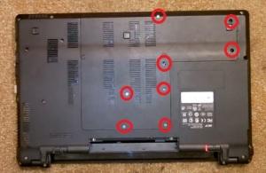 Как разобрать ноутбук Acer Aspire 5553G