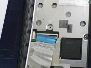 Нужно разобрать ноутбук Acer Aspire One ZG5