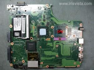 Как разобрать ноутбук Toshiba Satellite A300