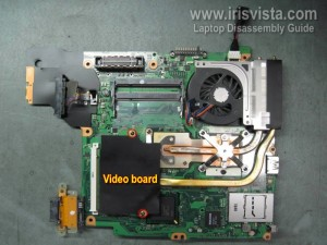 Разобрать ноутбук Toshiba
