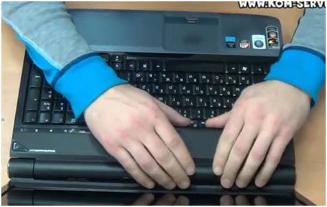 Как самостоятельно почистить ноутбук acer от пыли видео - Simvol-goroda.ru