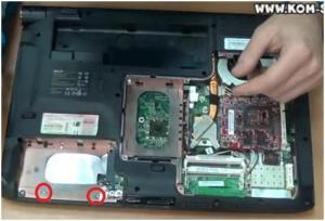 Как разобрать ноутбук, как почистить ноутбук от пыли и как заменить термопасту на ноутбуке ACER Aspire 6530