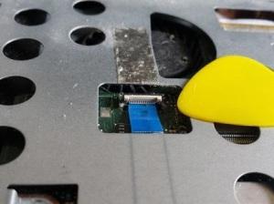 Разборка ноутбуков Asus K43SA и Asus A43SA с чисткой от пыли и заменой термопасты.