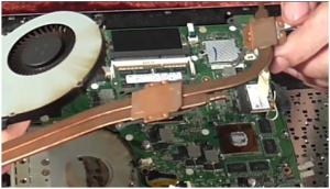 Разборка ноутбука Asus K56CM, чистка от пыли и замена термопасты на ноутбуке.