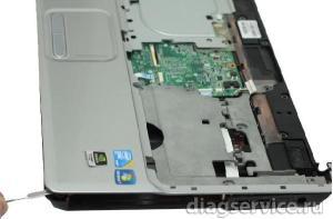 Разборка ноутбука Compaq Presario CQ61 модель 316ER.