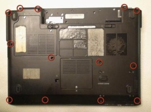 Разбираем ноутбук Dell Inspirion 1521.