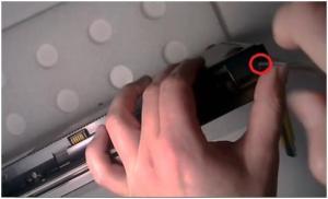 Разбираем ноутбук HP ProBook 4525s и чистим его от пыли.
