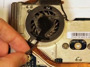 Разборка ноутбука HP Pavilion DV3