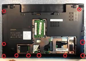 Разбираем Lenovo IdeaPad B560.