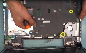 Разборка ноутбука Lenovo Ideapad B590.