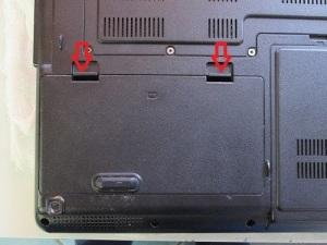 Чистка ноутбука ASUS X51L с заменой термопасты.
