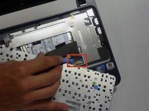 Как разобрать ноутбук HP Mini 210.